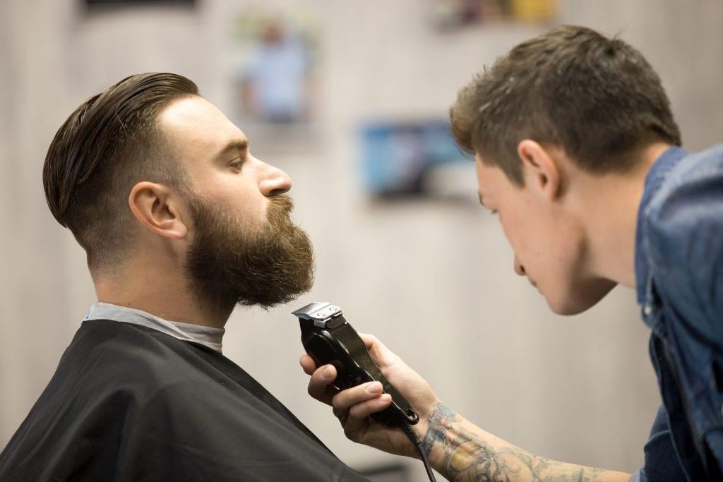 beard cutting
